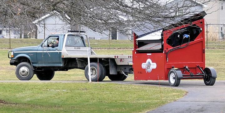 Truck pulling Pitbull 2300B