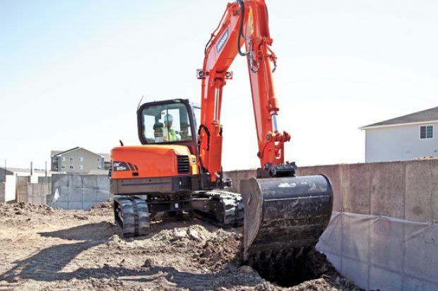 Doosan Excavators — 2016 Spec Guide