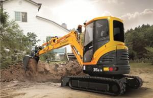 Keys to compact excavator maintenance and longevity