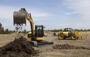 New JCB mini excavator video with supermodel operator Giorgia