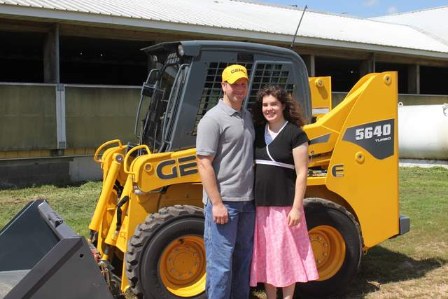 Leiby Diary Farm Wins Free Use Of Gehl Skid Steer Compact Equipment