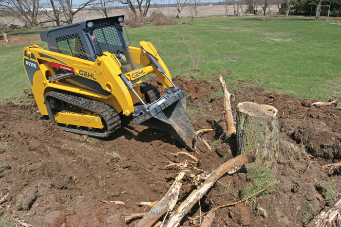 Gehl Presents the RT Series Compact Track Loaders with HydraTrac Technology