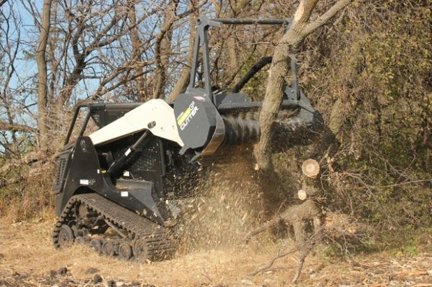 How to Maintain a Mulching Head Attachment