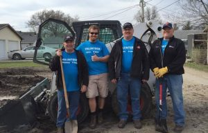 Doosan and Bobcat employees volunteer for Doosan Days of Community Service