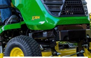 John Deere Introduces App to Track Lawn Care and Maintenance