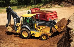 John Deere Rounds Out L-Series Backhoe Portfolio with Powerful 710L