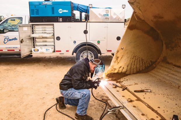 Building Better Communities: Versatile Welder/Generator Solution Helps Team Elmer's Do It All