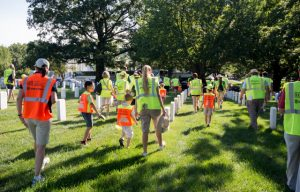 STIHL joins more than 400 volunteers to beautify Arlington National Cemetery