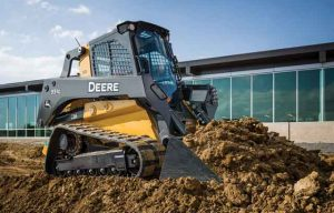John Deere Introduces New Large-Frame Skid Steer Loaders and Compact Track Loaders