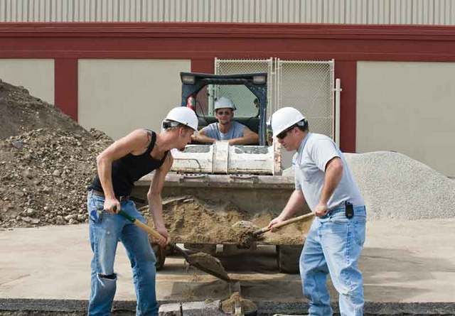construction_workers-WEB1