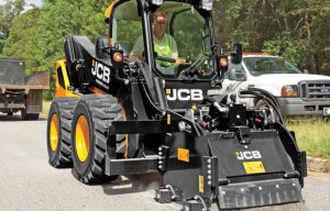 How to Properly Pick a Planer Attachment for Your Skid Steer and Track Loader
