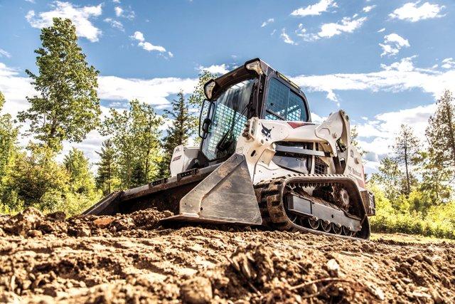 Bobcat-T595 track loader