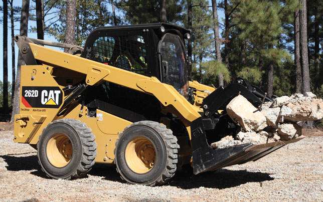 Caterpillar Skid Steer >> Caterpillar Skid Steers Summarized 2017 Spec Guide Compact Equipment