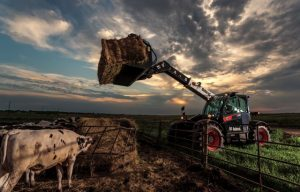 New Bobcat V723 telescopic tool carrier offers more lift capacity, longer reach