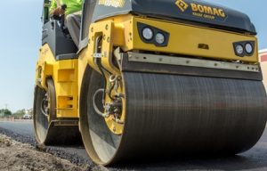 Bomag BW 138 AD-5 Tandem Roller with Economizer Keeps Operators Aware of Compaction Progress