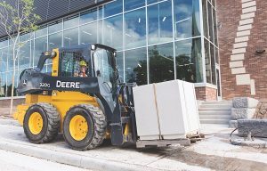 WOC Report: John Deere Completes G-Series Skid Steers and CTL Lineup with Addition of Mid-Frame Models