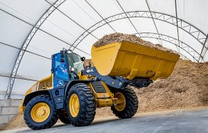 John Deere Introduces 344L Compact Wheel Loader with Articulation Plus
