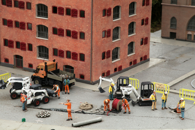construction workers worker miniatures toys Bobcat