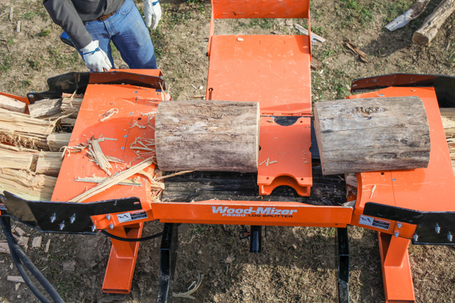 The Wood-Mizer FS350 Skid Steer Log Splitter can produce up to 2 cords of firewood per hour.