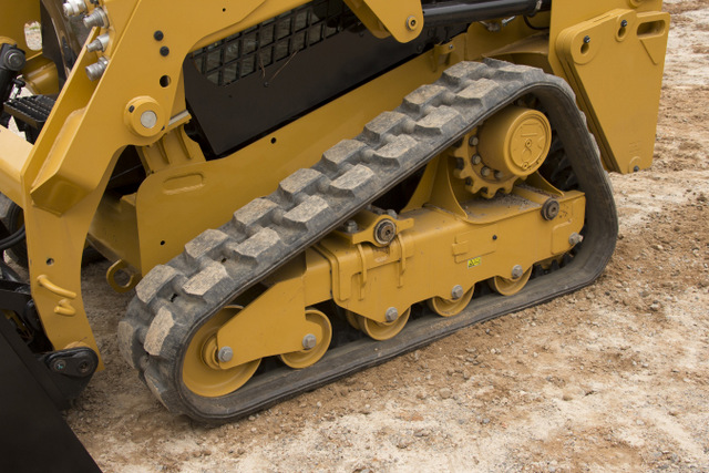Cat 249D CTL undercarriage - C10413280 (cut 2)