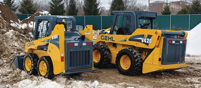 Operation Gehl We Contrast Two Gehl Skid Steers But Find The