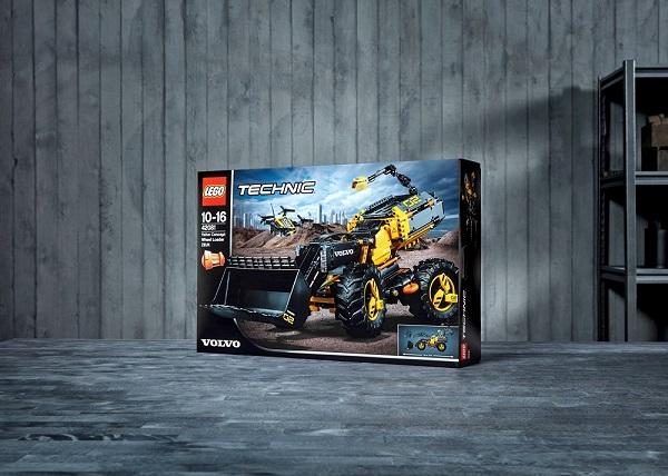 Volvo-Lego - Copy