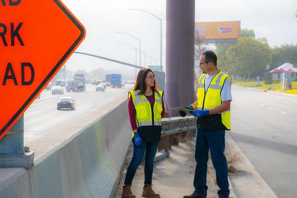 Tillman Safety Vest Use Image 1