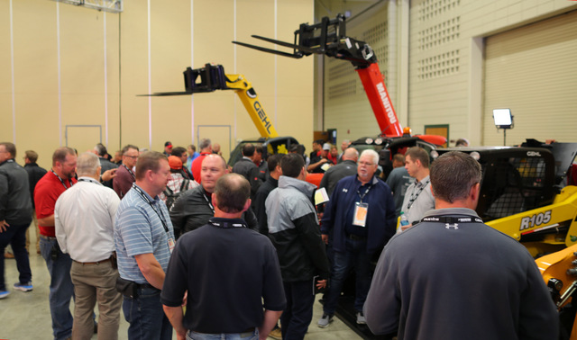 Dealer Meeting 2018 Gehl Manitou Mustang 2