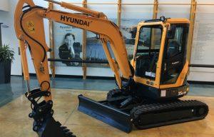 Hyundai Upgrades R35Z-9A Compact Excavator
