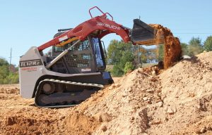 Dust & Debris: Protecting a Compact Track Loader from These Two Big Challenges