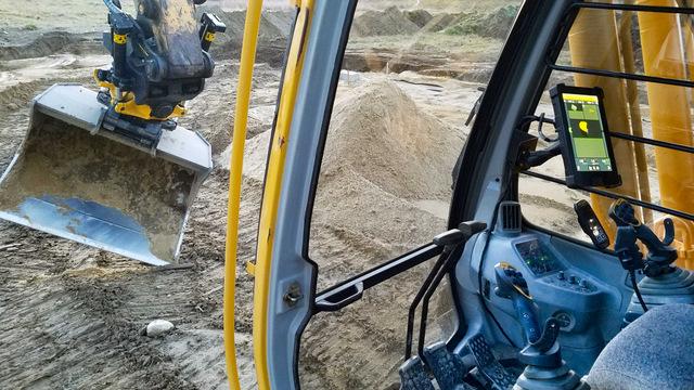 Engcon Trimble excavator