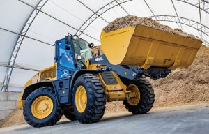 Innovative Iron Awards: John Deere's 344L Compact Wheel Loader Reaches Higher with Articulation Plus