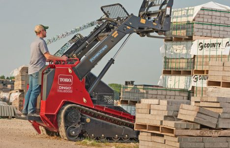 Innovative Iron Awards: Toro's Dingo TXL 200 Towers over the Competition