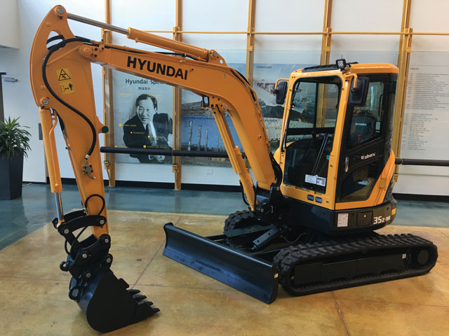 Hyundai Upgraded R35Z-9A Excavator