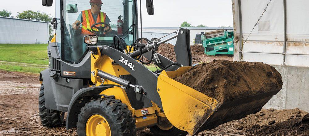 John Deere 244L wheel loader