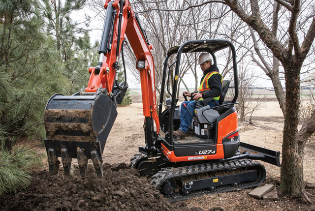 Kubota Tight Tail Swing U27-4