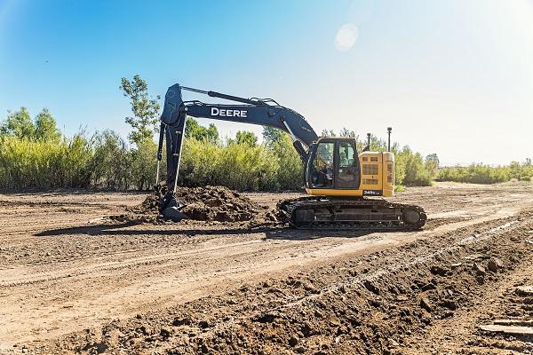X-53x_Auto_Excavator_Topcon