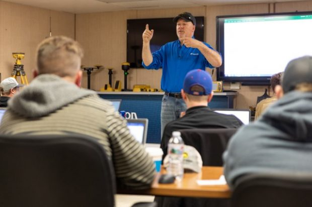 Addressing the Need for Sharp Construction Workers and How Technology Training on Workflow Can Help