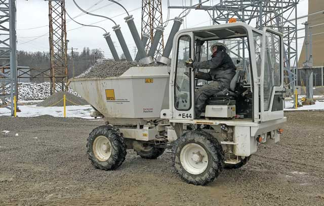 Dedicated dumpers are designed to evade jobsite obstacles
