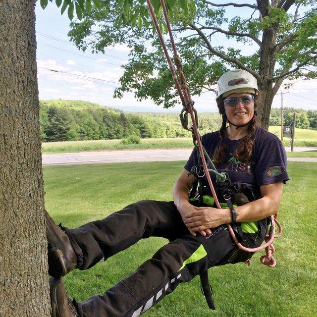 Melissa GIE tree climbing