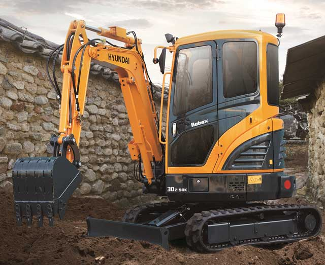 Hyundai's Electric-Powered Compact Excavator
