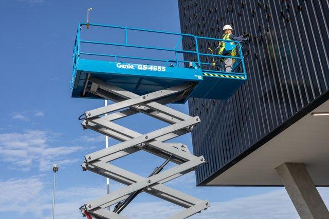 Genie GS-4655 scissor lift2