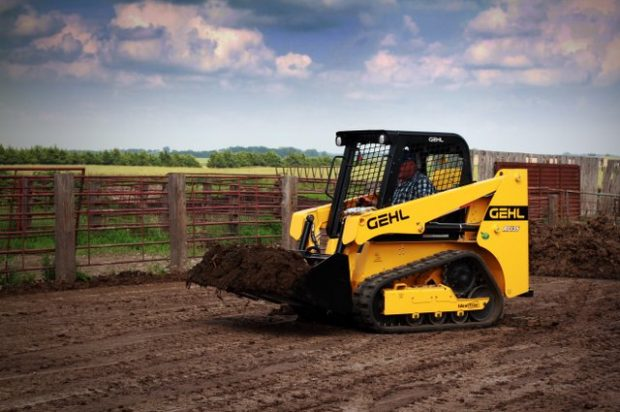 Gehl Continues to Add Small Compact Track Loaders, Releases New RT135 Model