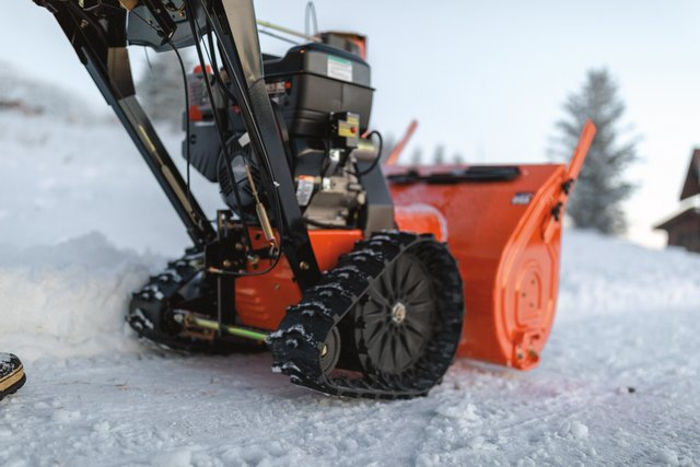 Ariens snow blower 2Y2A1606_Professional_28_RapidTrak_Hydro_weiss