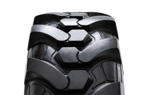 Camso Introduces the BHL 732: A Tougher, More Versatile Tire Solution for Backhoe Loaders