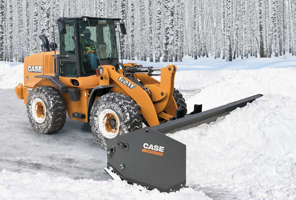 Case sectional snow pusher