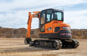 Doosan Expands Its Mini Excavator Lineup with Reduced Tail Swing DX62R-3
