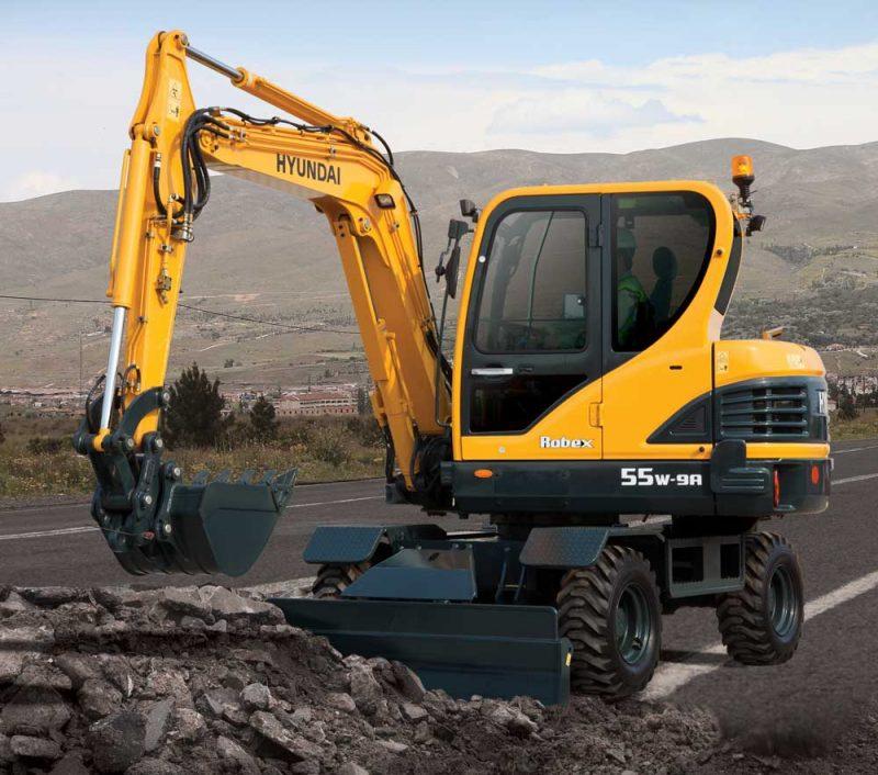 Hyundai wheeled excavator