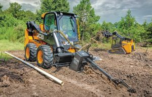 Hydraulic Health: Tips for Maintaining a Skid Steer and Track Loader's Hydraulic Systems