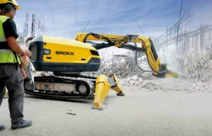 Showdown! Demolition Robots vs. Compact Excavators with Breakers